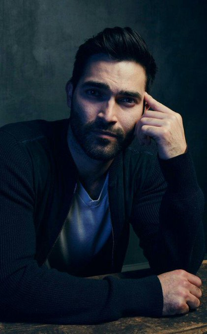 Happy 31st birthday to my ultimate fave, Tyler Hoechlin.