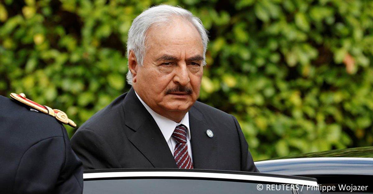 À coups de pastèques! Les Algériens répondent aux menaces du maréchal libyen Haftar  https://t.co/a4vIDZAKcE