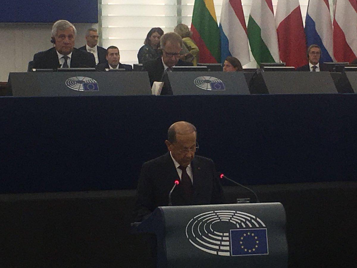Au @Europarl_FR nous recevons Michel Aoun Président du Liban 🇱🇧 dont les liens avec la France sont puissants. La crise en Syrie a fait du Liban un pays en première ligne face à la crise migratoire et à l'afflux massif de réfugiés