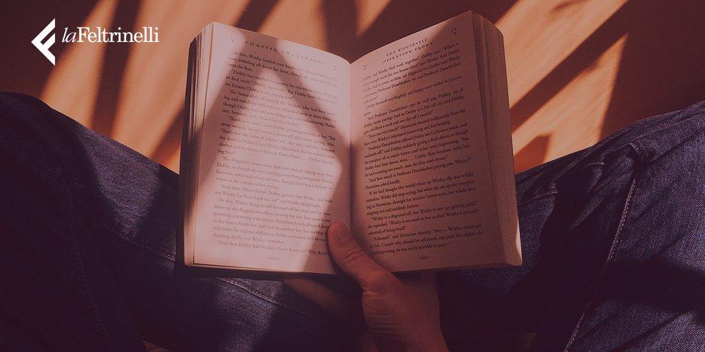 """""""Un buon libro è un compagno che ci fa passare dei momenti felici"""" Giacomo Leopardi #16settembre #BuonaDomenica"""