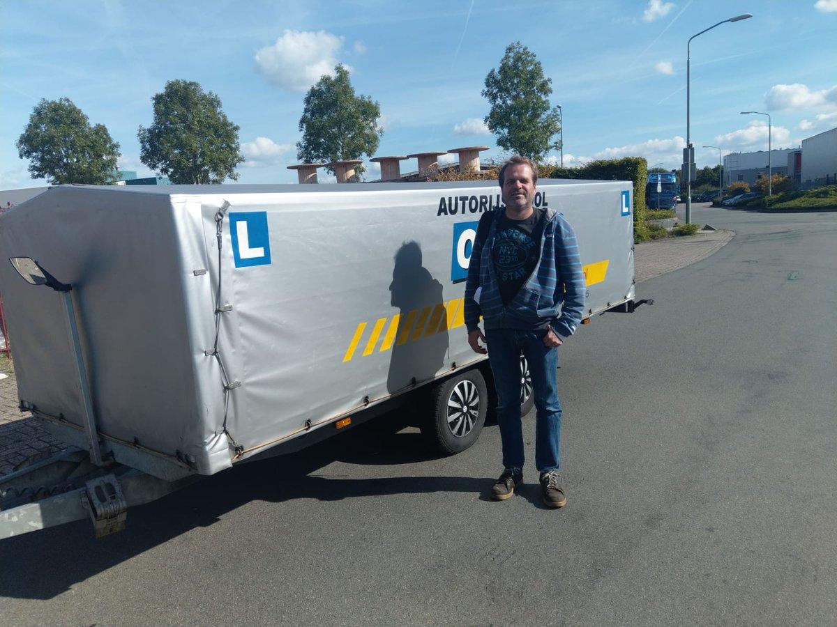 test Twitter Media - Jeroen Oudshoorn van harte gefeliciteerd met het in 1x behalen van je BE aanhangwagen rijbewijs! Een nette rit zonder op- of aanmerkingen. https://t.co/k2vJPztpGa