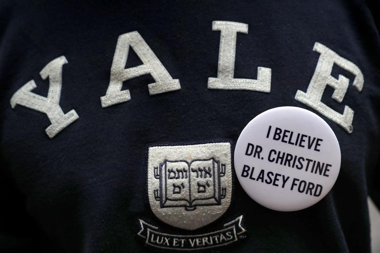 """DR CHRISTINE BLASEY FORD 8 NEW 1/"""" buttons pins badges I believe her women me too"""