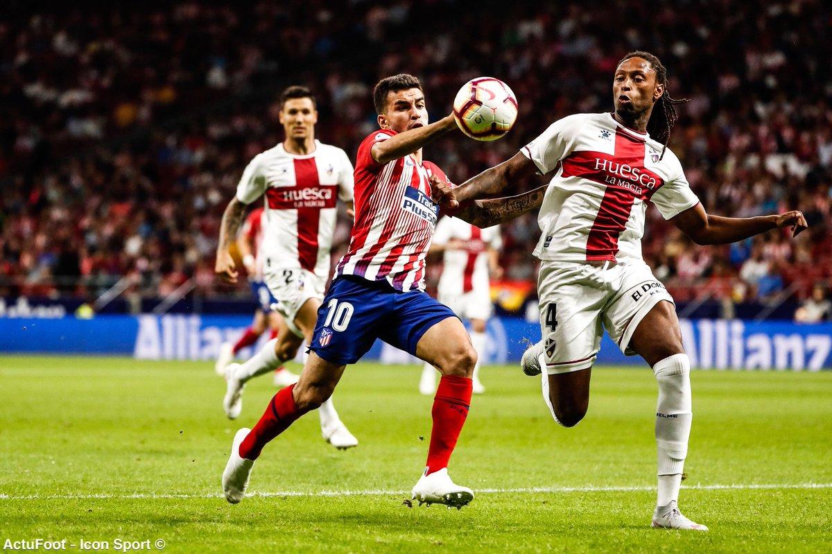 ⚽️ TERMINÉ ! ATLÉTICO 3-0 HUESCA Les Colchoneros s'imposent facilement grâce à des buts de Griezmann, Thomas et Koke et remontent provisoirement sur la 3e place.