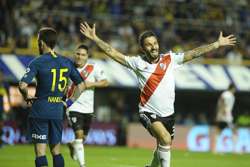 #FútbolContinental | ¡GANÓ RIVER! En la Bombonera, #Boca 0 - #River 2 (Martínez, Scocco) | AM590 #Superliga https://t.co/NLuAtdPiu5