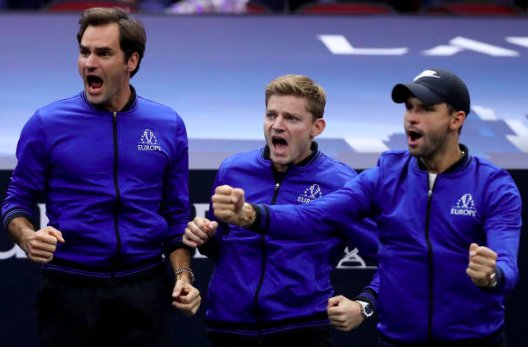 ITS OVER: Europe retains the #LaverCup with Alexander Zverevs match tiebreak win over Kevin Anderson (6-7, 7-5, [10-7]). Anderson loses the last five points, the last two off of deep service returns. Final score: Team Europe 13, Team World 8
