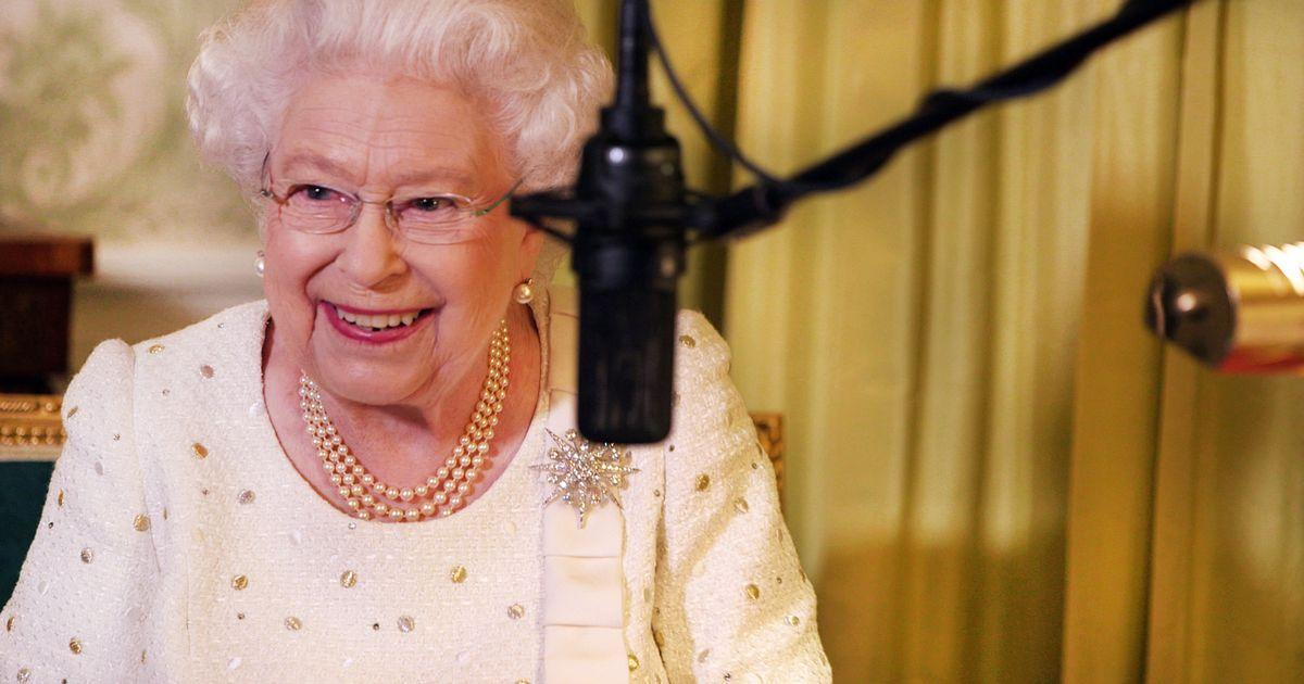 The Queen had to re-record last year's Christmas message for a bizarre reason https://t.co/3vDRmiLSn4