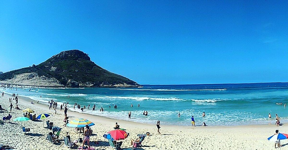 Domingo de sol e muitas ondas na Praia da Macumba...  Foto: André Dantas #rjfotosurf #surf #praiadamacumba #recreiodosbandeirantes #annerj #temponorjpic.twitter.com/jfYUDc2aLP – at Posto 12