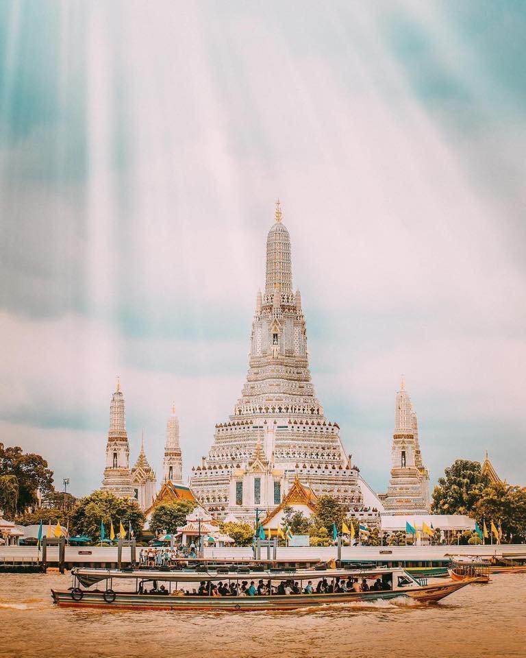 COSE DA VEDERE  Wat Arun, Bangkok  Non perdere la nostra guida sulle 10 cose da fare e vedere a Bangkok   https:// www.optatravel.com/bangkok-guida-sulle-10-cose-da-fare-e-vedere/#bankok #thailandia #thailand #guida #viaggi #turismo #viaggiare #watarun #travel #travelblog #travelblogger  - Ukustom