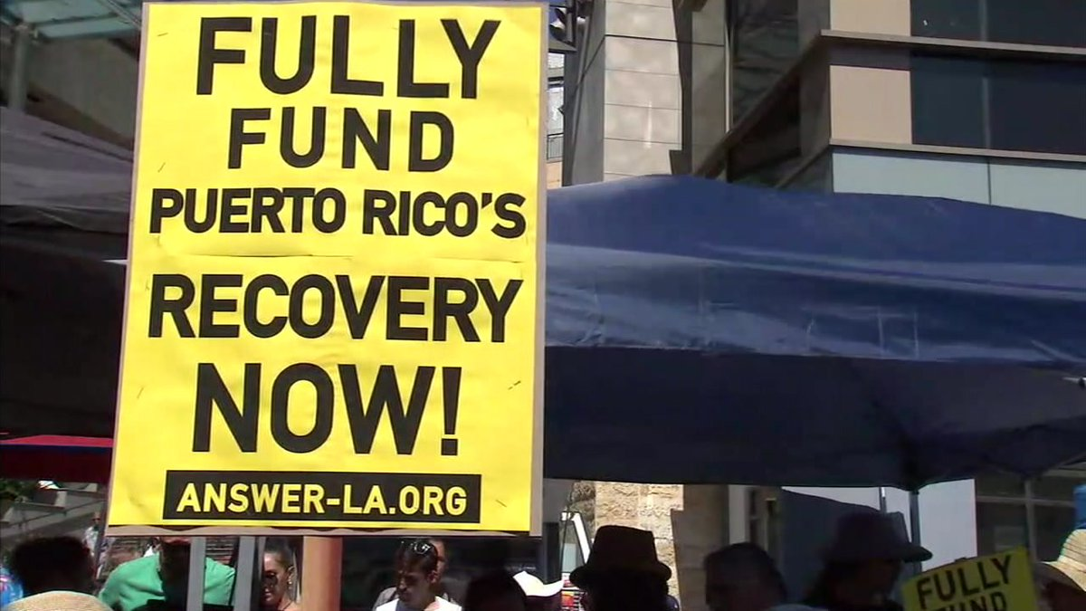 Protesters in Hollywood push for better relief efforts to help Puerto Rico after Hurricane Maria https://t.co/GxUFkqfp8D