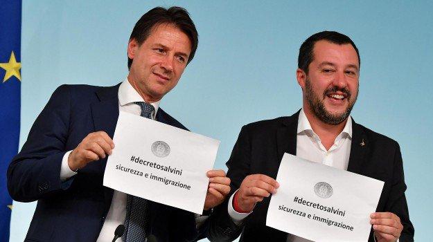 #Salvini: via tutti campi #rom entro fine legislatura. Via libera al decreto #migranti https://gazzettadelsud.it/articoli/politica/2018/09/24/salvini-via-tutti-campi-rom-entro-fine-legislatura-via-libera-al-decreto-migranti-0da66211-2d90-4daf-95f1-93f9c8a0da07/?utm_medium=feed&utm_source=twitter.com&utm_campaign=Feed%3A+gsud_twitter_feed  - Ukustom