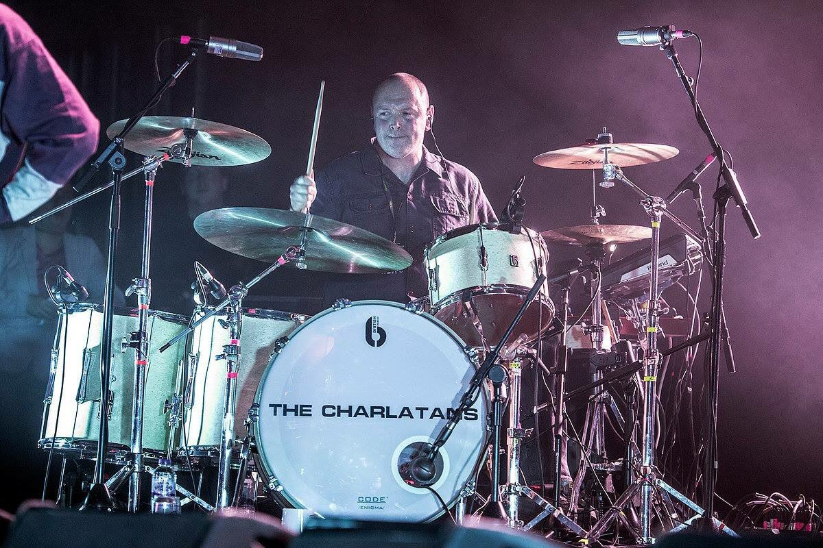 Happy Birthday to this old chap, Pete Salisbury. Pete is a founding member of the The Verve and currently plays with The Charlatans