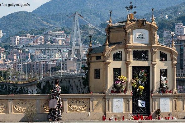 #UltimOra Toti: ponte si può ricostruire in 12-15 mesi #canale50 http://sky.tg/m8cyy  - Ukustom