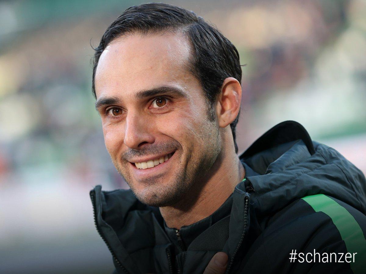 +++ NEUER CHEFTRAINER +++ Alexander #Nouri übernimmt die #Schanzer und wird schon am Dienstagabend gegen den @fckoeln auf der Bank sitzen. Servus, herzlich willkommen und viel Erfolg in Ingolstadt!