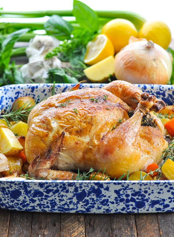 The ultimate healthy and easy comfort food: CRISPY ROAST CHICKEN WITH VEGETABLES! &gt;&gt;  https://www. theseasonedmom.com/roast-chicken/  &nbsp;    #chicken #dinner #easyrecipe #easyrecipes #dinnertime #mealprep #healthyliving #healthyeating #healthylifestyle #mommy #Motherhood #mom #momlife #cleaneating #eatclean <br>http://pic.twitter.com/gLOutSCLC5