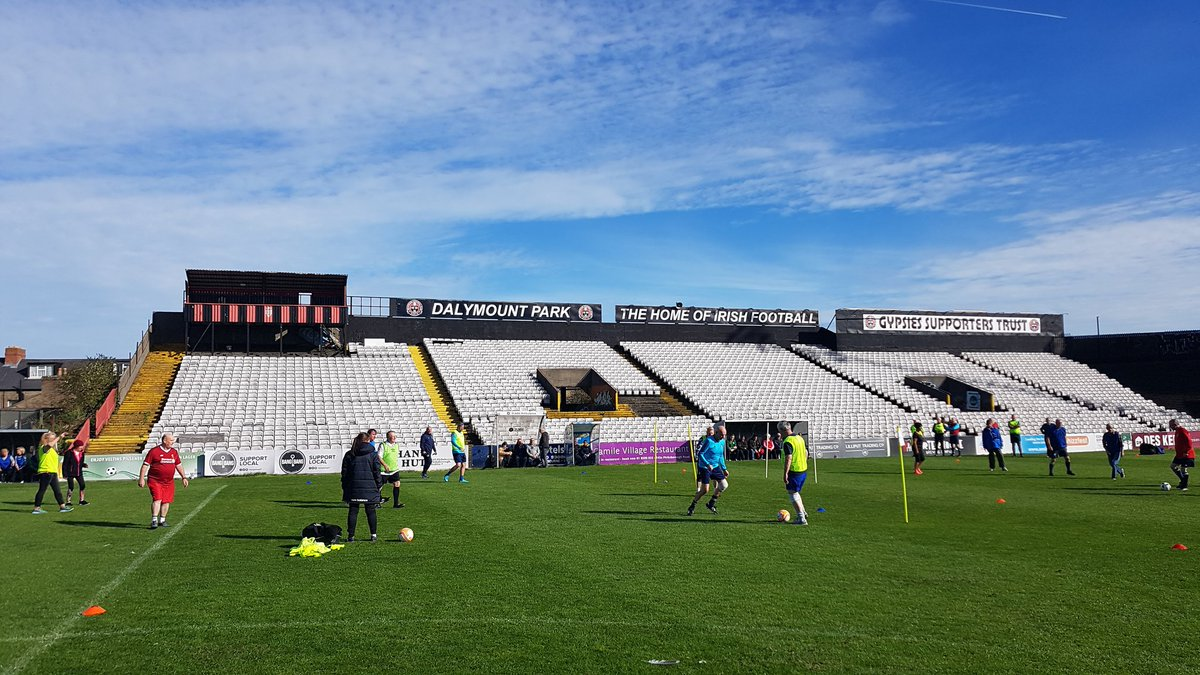What a morning in Dalymount Park as #WalkingFootball takes over #DublinSportsFest<br>http://pic.twitter.com/4PcKZUCY2O