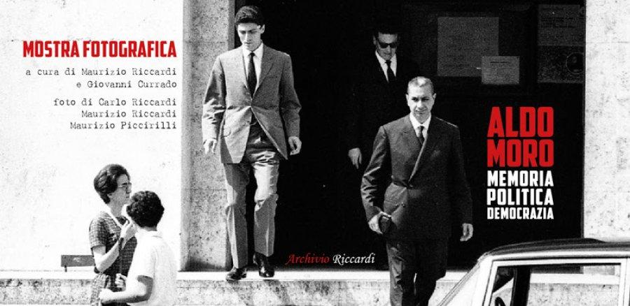 #AldoMoro, due nuove tappe della Mostra fotografica #ArchivioRiccardi a cura di @mauriccardi e @giovannicurrado con le  foto di #CarloRiccardi Maurizio Riccardi e Maurizio Piccirilli  https:// www.agrpress.it/fotografia/aldo-moro-due-nuove-tappe-della-mostra-fotografica-curata-dallarchivio-riccardi-6865  - Ukustom