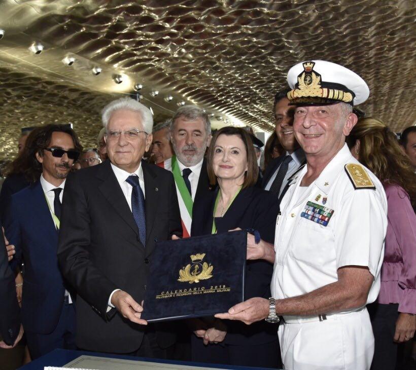 #Oggi il Presidente #Mattarella al @SaloneNautico di #Genova visita gli spazi dedicati alla #MarinaMilitare #NoiSiamolaMarina  - Ukustom