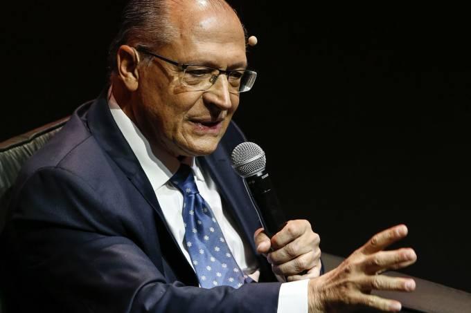 """FRASE DO DIA  """"Eu não vou ser pau mandado de banqueiro. O meu senhor é o povo. Vou trabalhar para os mais pobres, fazer o país crescer e ser mais justo"""". (Geraldo Alckmin, candidato do PSDB a presidente.)"""