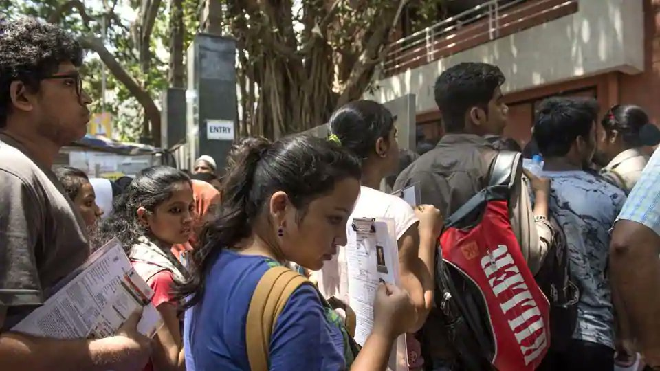 UPPSC Medical Officer Admit Card 2018 released at https://t.co/RpgBWhCnNN, here's how to download https://t.co/C0fefGbXxg