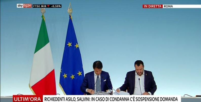 #UltimOra DL #Sicurezza, Salvini: in caso di condanna di richiedente asilo c'è sospensione domanda #Canale50 http://sky.tg/direttaskytg24  - Ukustom