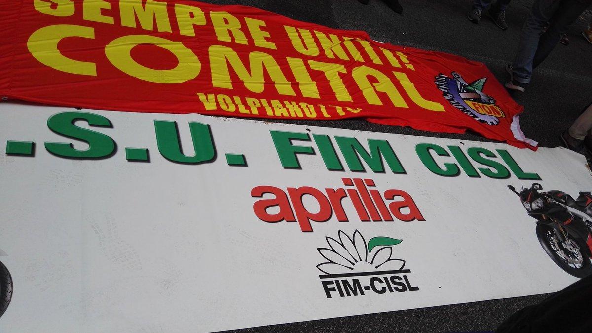 @MediasetTgcom24 Vogliamo investimenti per rilanciare il nostro marchio pluricampione del mondo!!#luigidimaio #Salvini #Piaggio  - Ukustom