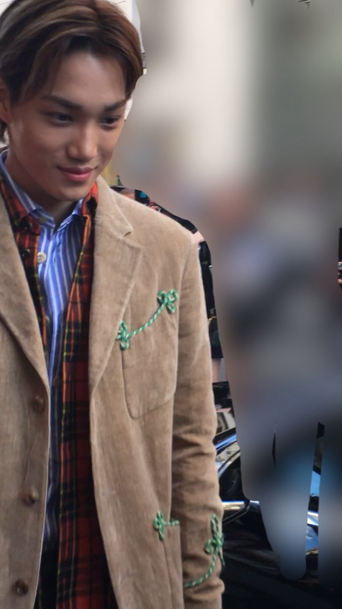 Closed On Twitter Preview 180925 Exo Kai Arrival At The Gucci