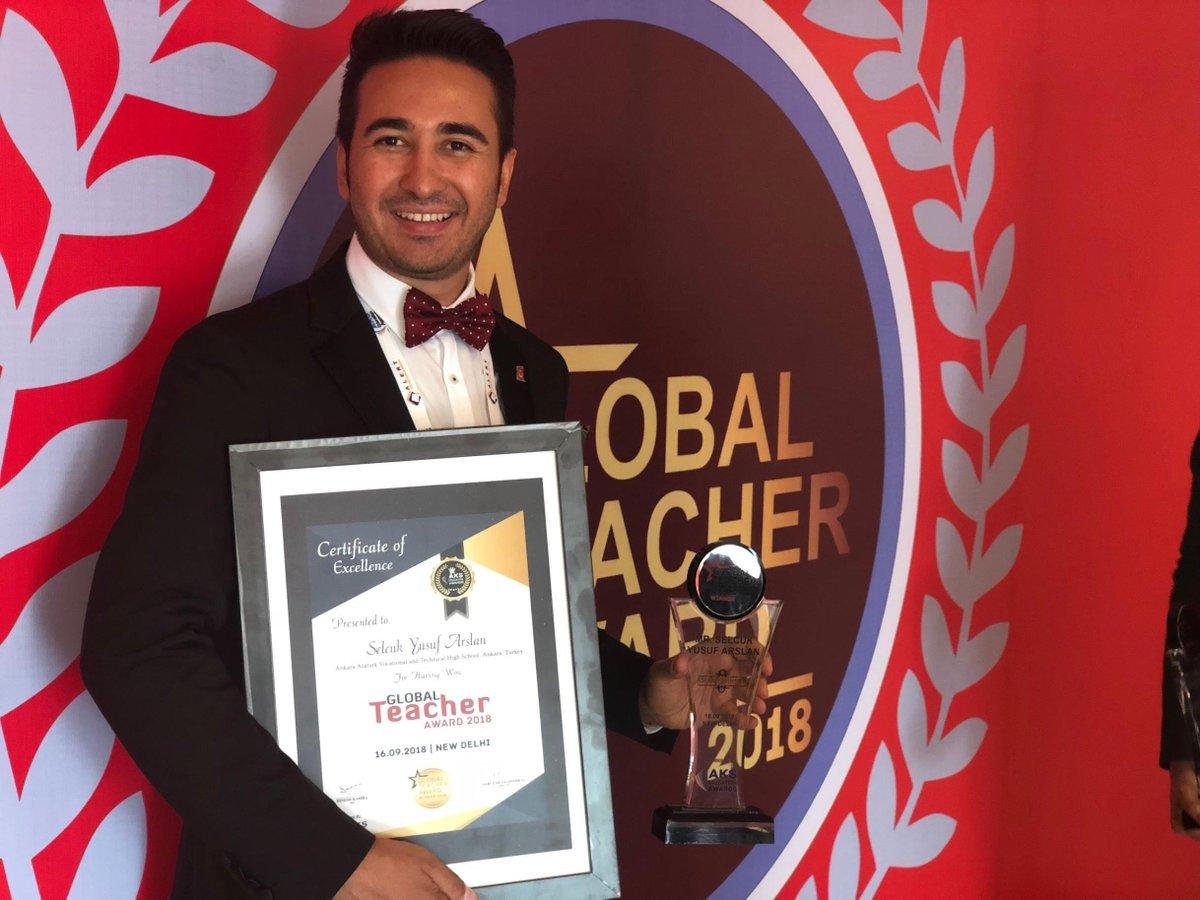 """Selçuk Yusuf Arslan on Twitter: """"Geçtiğimiz hafta Yeni Delhi'de yapılan  ödül töreninde Küresel Öğretmen Ödülüne layık görüldüm...… """""""