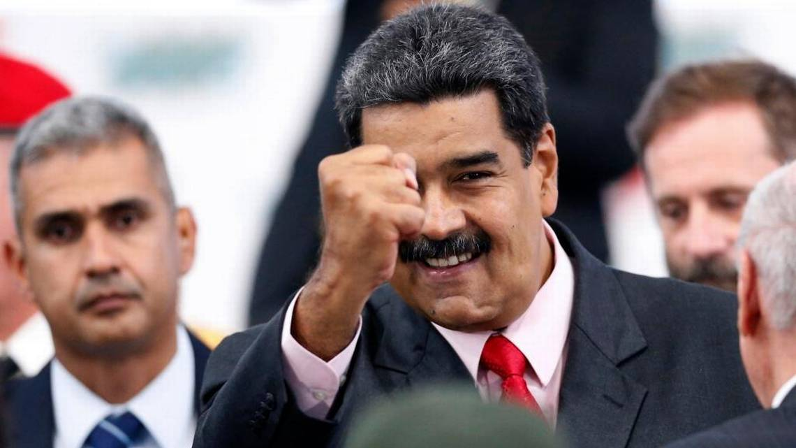 Top lawmakers in Congress push tough new measures against Venezuela  https://www. mcclatchydc.com/news/nation-wo rld/world/article218900985.html &nbsp; … <br>http://pic.twitter.com/Det3QZC7ld