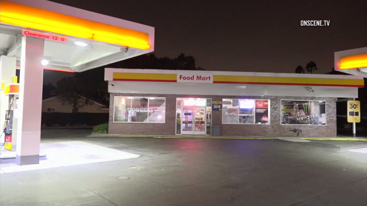 OC gas station robberies: Authorities investigate string of incidents in Santa Ana and Placentia https://t.co/2dUFzUkERz