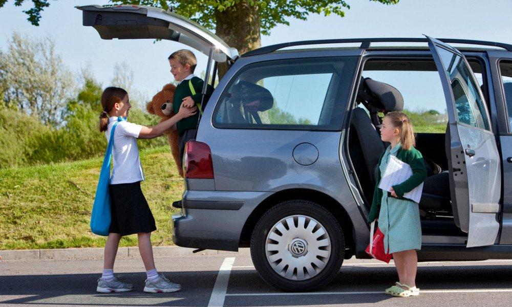 Italiani pigri e con poca voglia di muoversi: a lavoro o a scuola in automobile  https:// www.motorionline.com/2018/09/24/italiani-pigri-e-con-poca-voglia-di-muoversi-a-lavoro-o-a-scuola-in-automobile/ #mobilità #news  - Ukustom