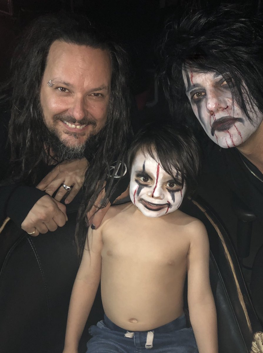 "criss angel on twitter: ""the 3 amigos😂! thx jd @jdavisofficial"