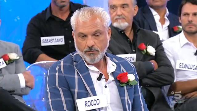 Rocco decide di chiudere con Gemma, cosa ne pensate? #uominiedonne  - Ukustom