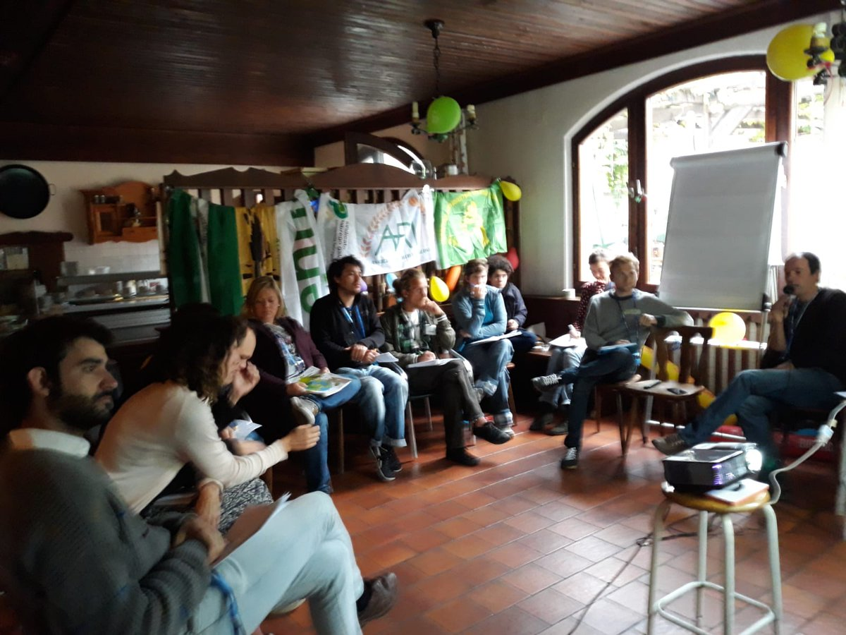 I giovani di @ECVC1 si trovano a #Vienna per la formazione su #Pac e #sovranitàalimentarePer ARI c\
