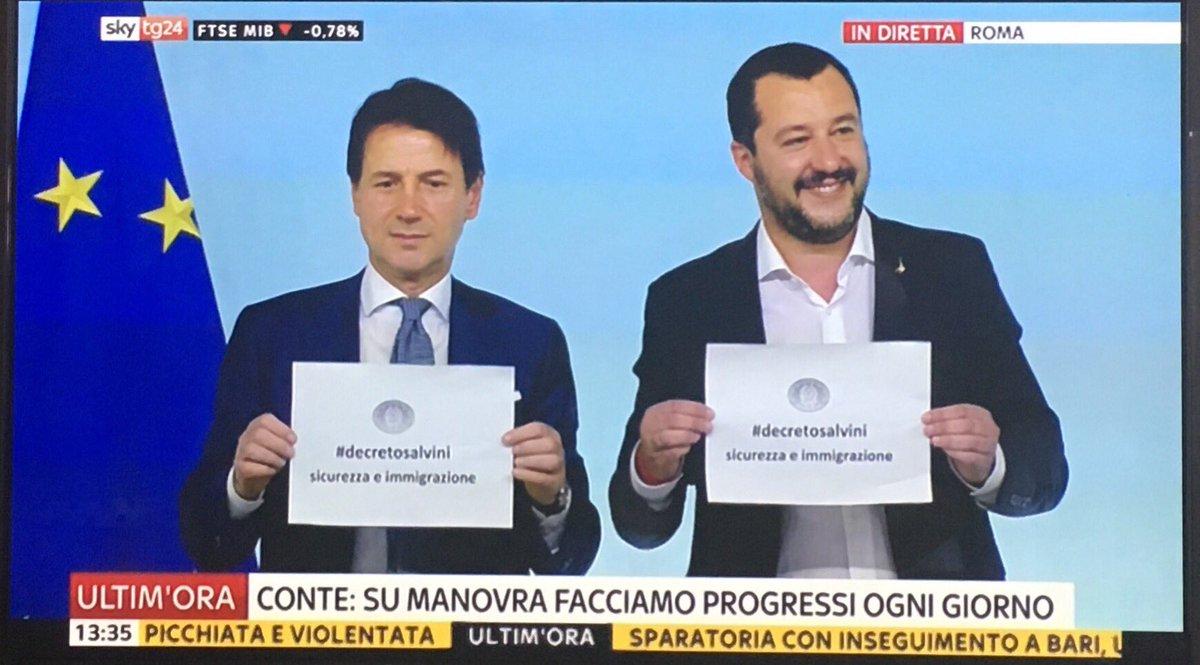 A dire il vero questa pagliacciata #Salvini se la poteva risparmiare È malato di protagonismo come l\