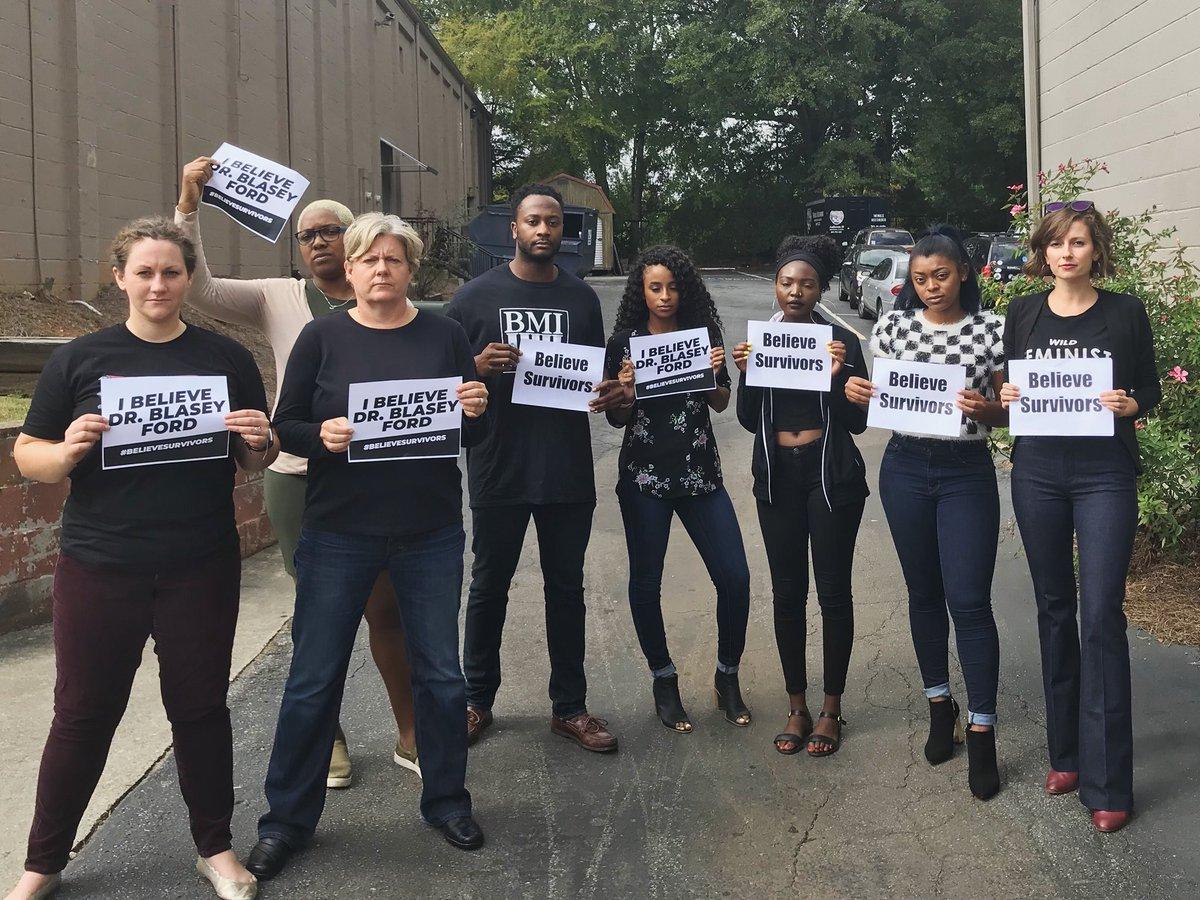 We stand in solidarity with brave survivors everywhere. Brett Kavanaug must withdraw. #BelieveSurvivors #StopKavanaugh<br>http://pic.twitter.com/F5YgCTrKOo