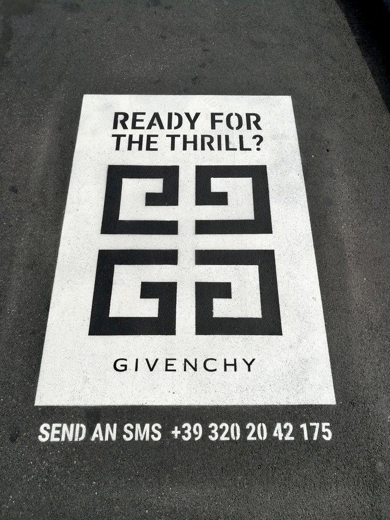 Se qualcuno vuole provare, poi mi dite che succede.#Givenchy  - Ukustom