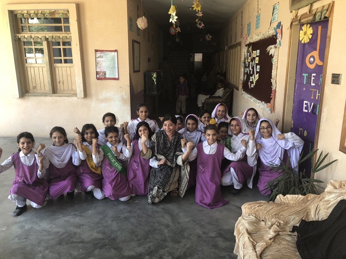 Here's to some of the most talented little girls I met at Sabawoon Education Academy in Nowshera! May they all grow up into strong women in control of their own destinies! #کم_سے_کم_١٢_جماعتیں @PYCAPk @MalalaFund #atleast12grades