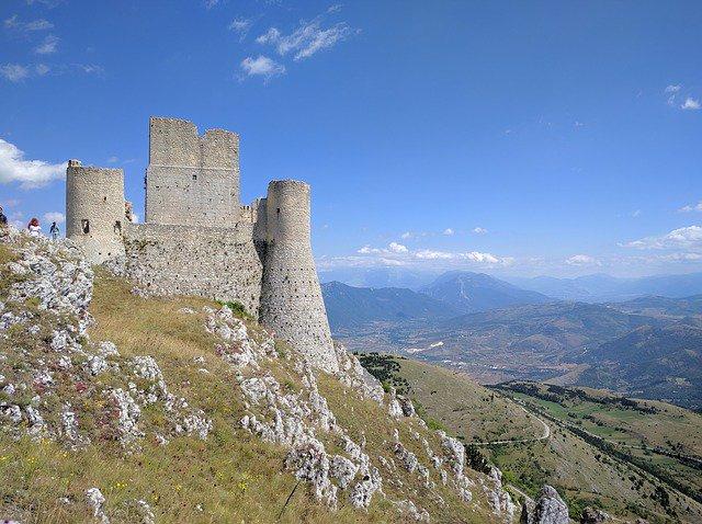 10 cose da fare in #Abruzzo http://dlvr.it/QlDDxN  - Ukustom