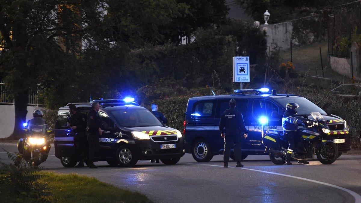 Affaire Maëlys : Nordahl Lelandais sur les lieux du meurtre pour une reconstitution  https://t.co/WGSrraW2aI