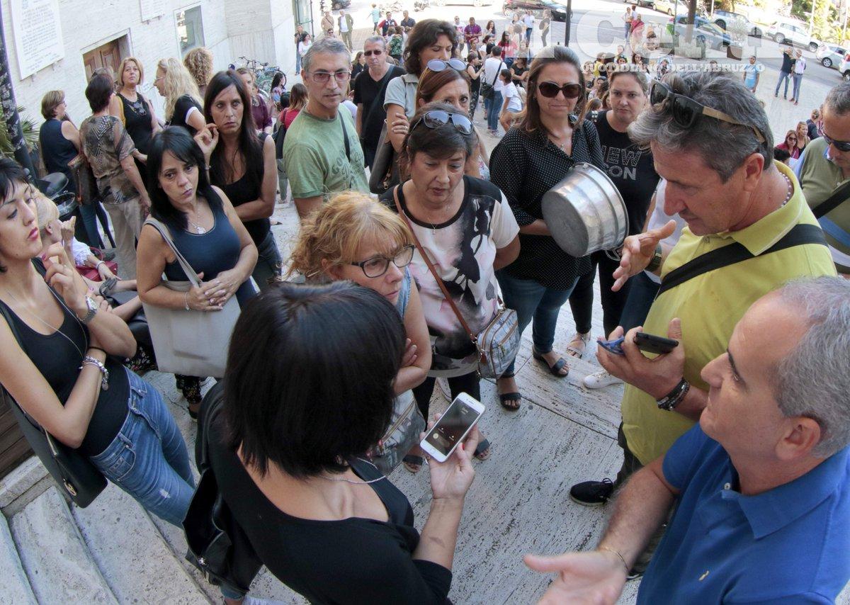 #abruzzo #24settembre #scuola #asilo #refezione #Comune#pescara , caso #mensa: la #protesta del cucchiaiohttp://tinyurl.com/y75co4qt  - Ukustom