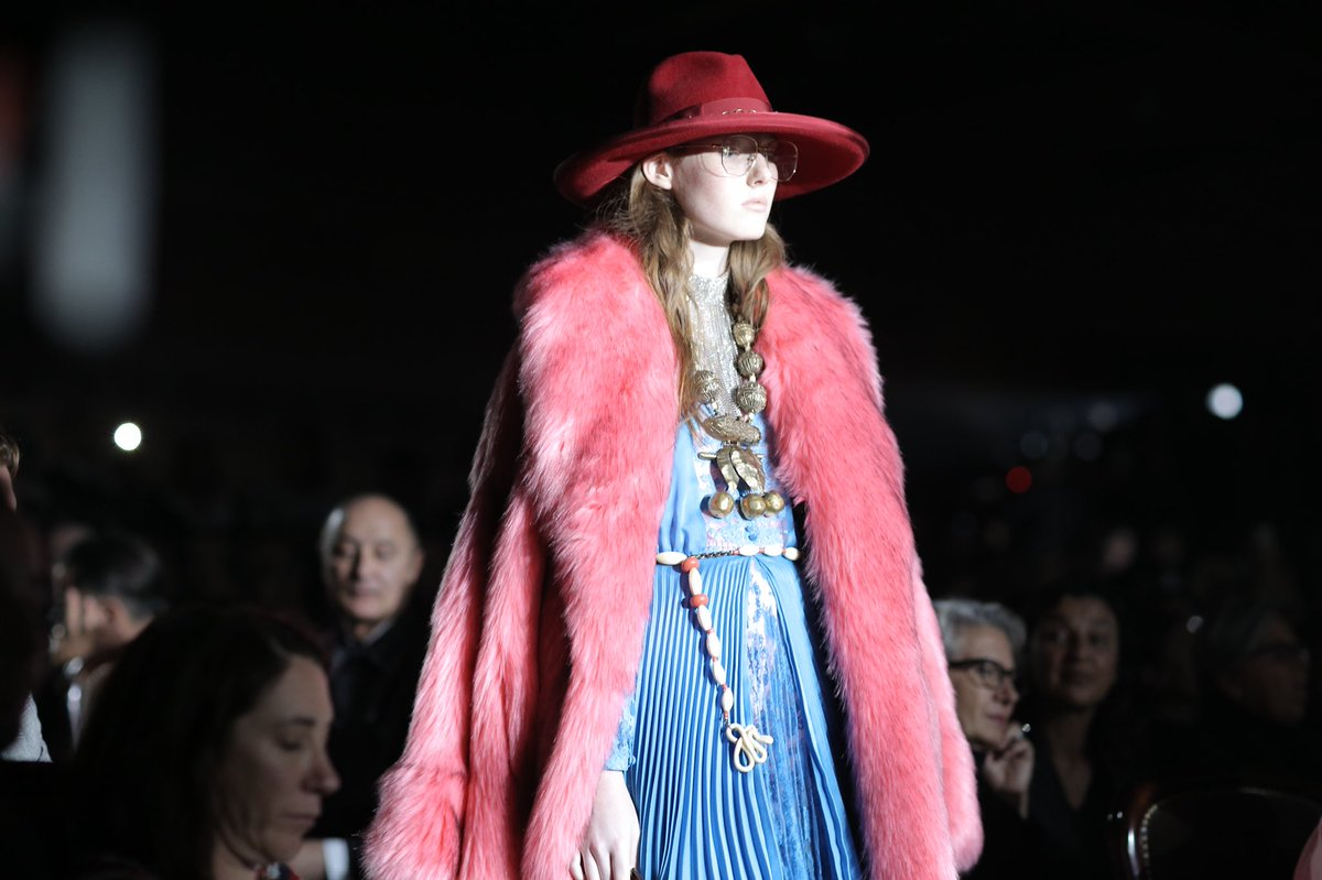 Hats inspired by the singer songwriter Janis Joplin in #GucciSS19