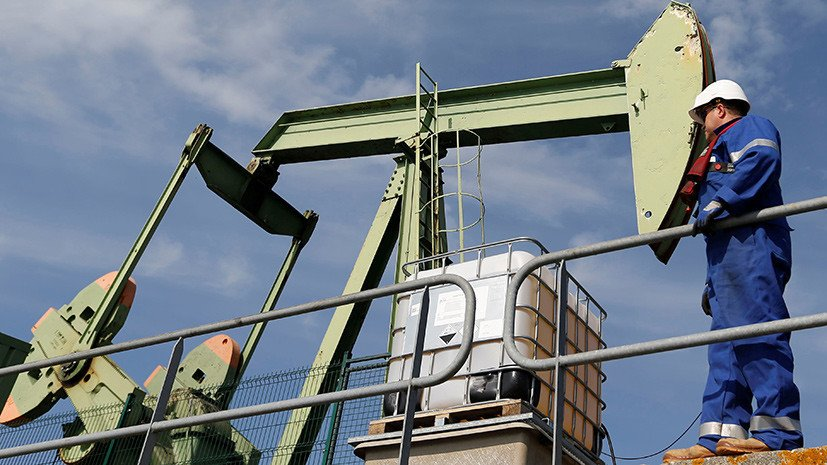 Мировые цены на нефть впервые за четыре года приблизились к отметке $81 за баррель. Одновременно с угрозой американских санкций против Ирана участники ОПЕК+ предупредили и о возможности повторения событий ноября 2014 года https://t.co/Ed1spNO1EV