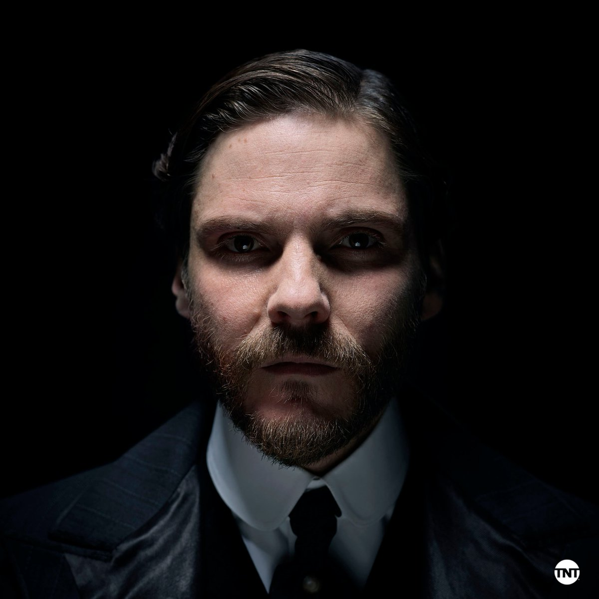#TheAlienist Latest News Trends Updates Images - theRealukeEvan
