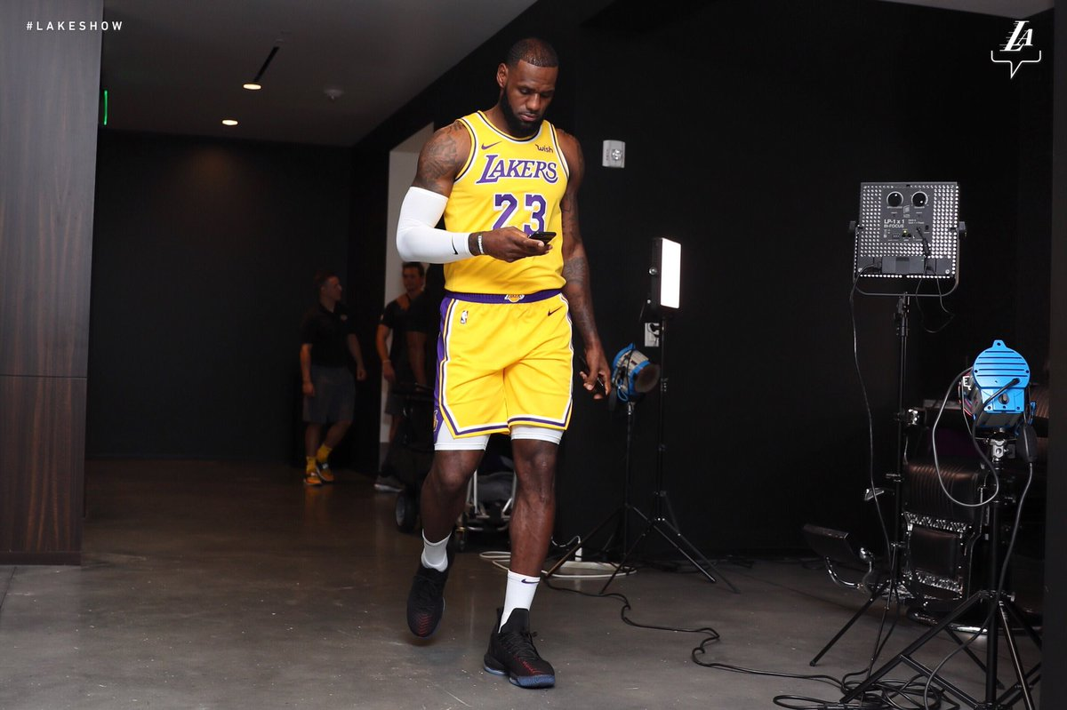#2️⃣3️⃣ LeBron James Los Angeles Lakers