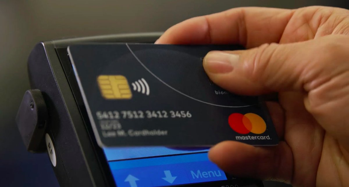 A great overview on MasterCard&#39;s Biometric Card #Biometrics #Idex #BPC #BSC  https:// globalrisk.mastercard.com/wp-content/upl oads/2018/09/BIOMETRIC-CARD_2018_07_25.mp4 &nbsp; … <br>http://pic.twitter.com/4yPbqHe9hO