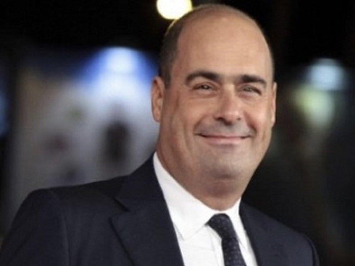 #Zingaretti is the new #Bersani Futuro Caronte del @pdnetwork Carisma zero Meglio suo fratello #Montalbano #StaseraItalia  - Ukustom