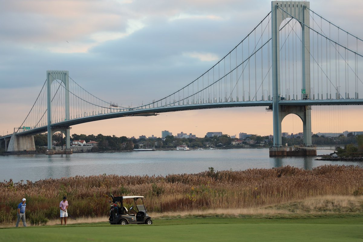 A #rough Monday is better at #TrumpFerryPoint ⛳️