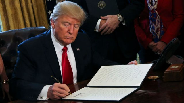 WATCH LIVE: Trump participates in signing ceremony for the US-Korea Free Trade Agreement https://t.co/WpRSIHze1B