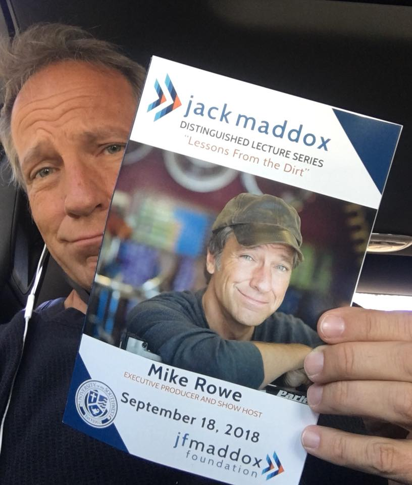 """To The Distinguished People of Hobbs - Before my visit to #SouthDakota last wk & successful launch of #scholarshipprogram #BuildDakota I stopped by Hobbs, NM where The #JFMaddoxFoundation invited me to their """"Distinguished Lecture Series."""" #read bit.ly/ToPeopleofHobbs"""