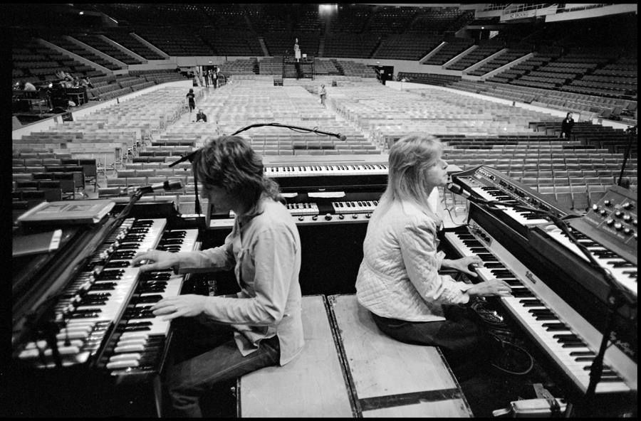Reloaded twaddle – RT @KawaiPianos: Linda McCartney wife of Paul McCartney was born September 24, 1...